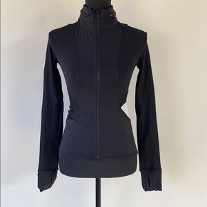 Lululemon far and free jacket